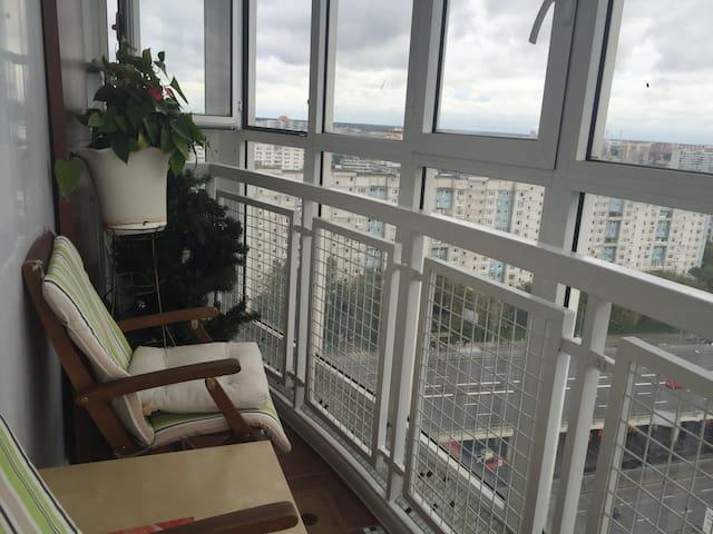 Двухкомнатная квартира с панорамным видом на парк - Moskva - Apartment