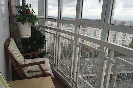 Двухкомнатная квартира с панорамным видом на парк - Moskva