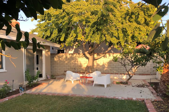 New Listing: House in Beach Town  (30 day min.)