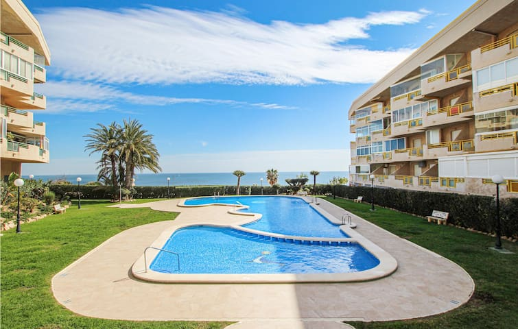 Holiday apartment with 2 bedrooms on 68m² in Dehesa de Campoamor