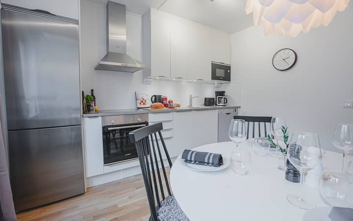 RENOVATED APARTMENT IN GREAT CENTRAL LOCATION!