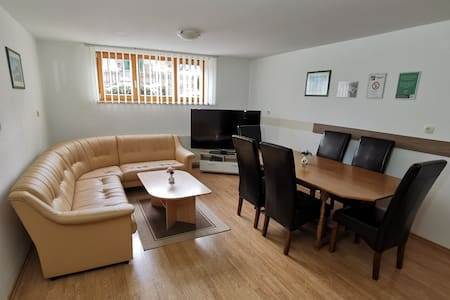 Spacious apartment for 6 right by spa Zreče