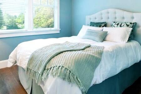Cozy room in Tavernier