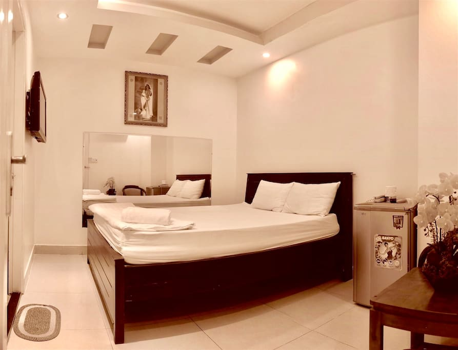 Stylish couple room in heart of hochiminh city boutique for Boutique hotels for couples