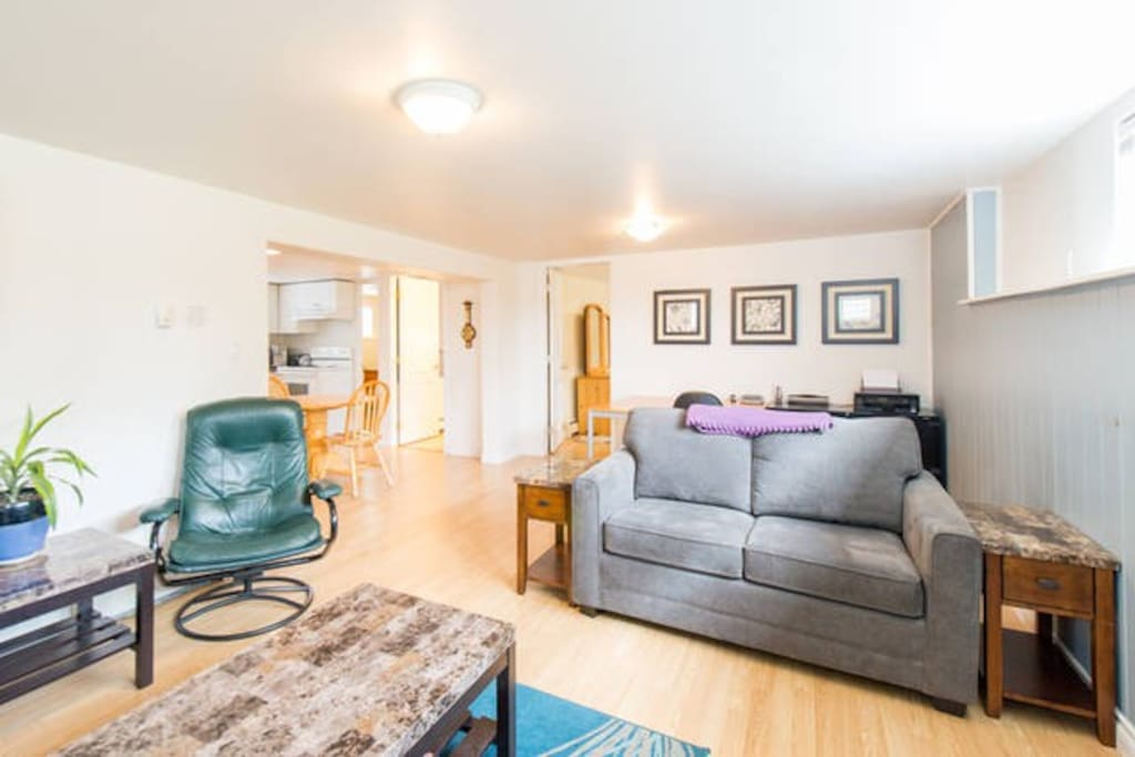 2 bedroom suite in central lonsdale guest suites for rent in north vancouver british columbia
