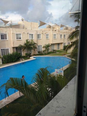 Casa 4 rec´s vista a el mar a 100 mts. de la playa - Acapulco - House