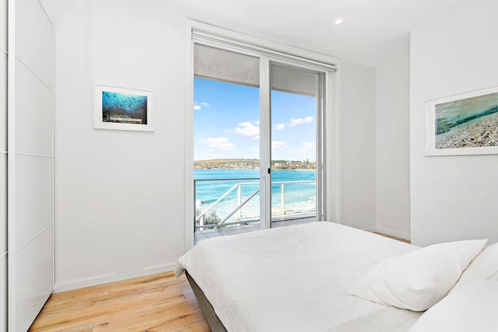 Top floor beach front apartment - Queenscliff - Apartment