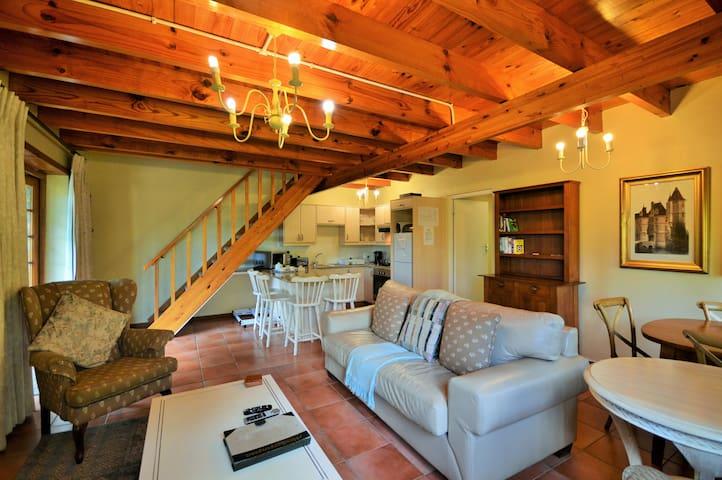 Houtkapperspoort Cottage 16 - Two Bedroom