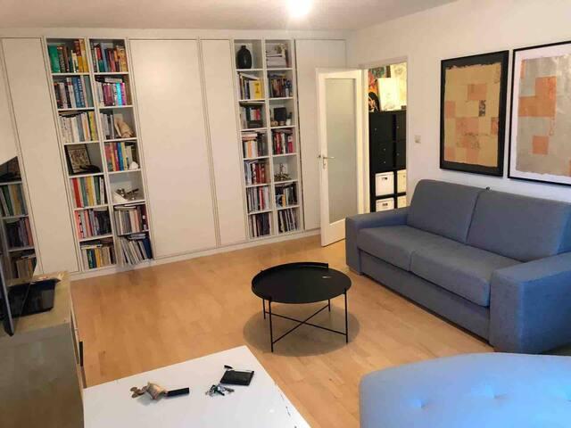Heart of MUNICH, Maxvorstadt  Modern Apartment