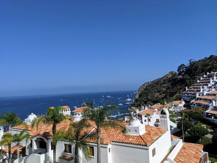 H1778: 2BR Villa with Ocean Views from Every Room!