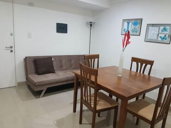 bello y confortable apartamento