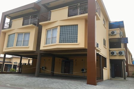 CJWE CAMP: Furnished 1 Bedroom Serviced Apartments