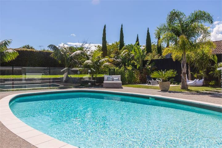 Pool Paradise in Remuera