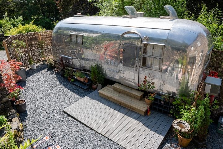 Dixie Airstream - Glamping in Style near Windermere