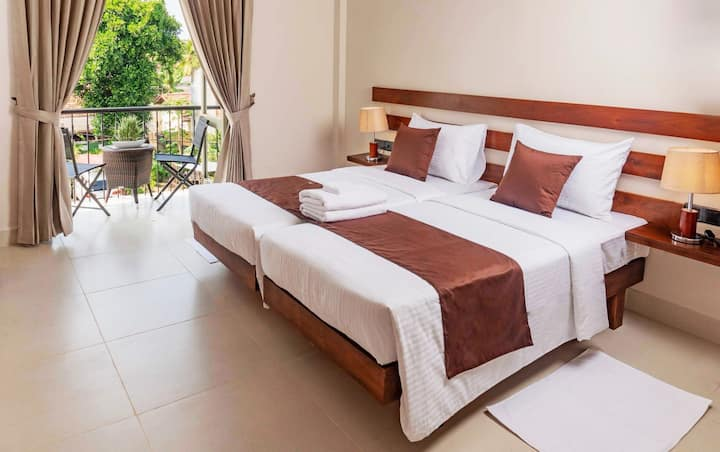 Twin Bed - Hive 68 Hotel and Resorts (Negombo)