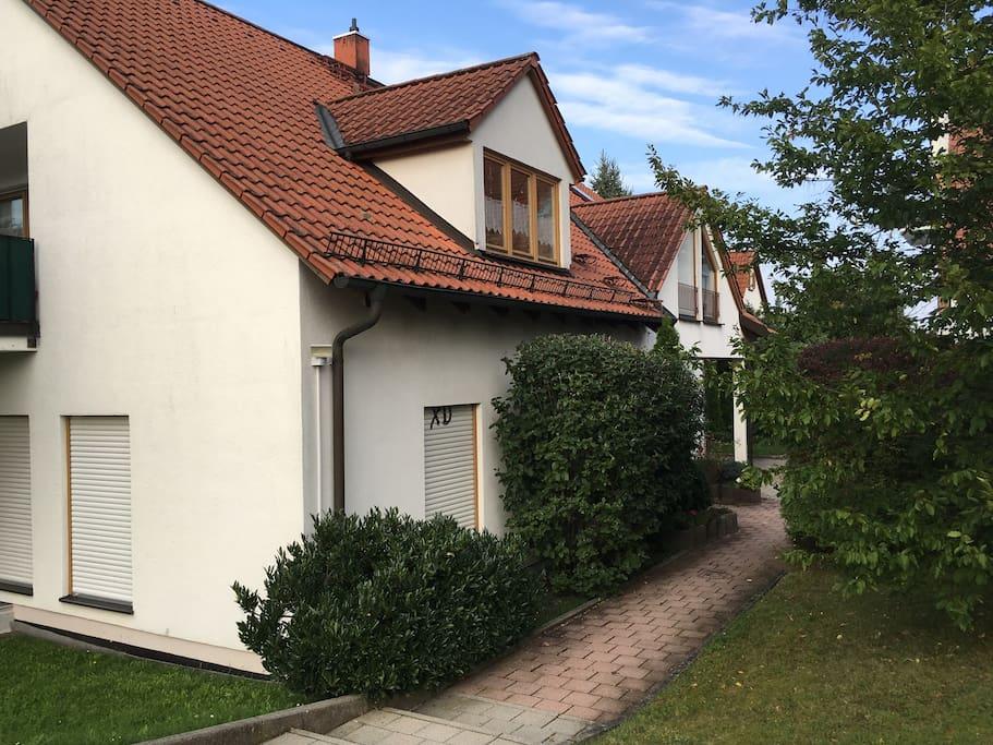 weitra mige wohnung mit terrasse und fahrrad apartments for rent in spardorf bayern germany. Black Bedroom Furniture Sets. Home Design Ideas