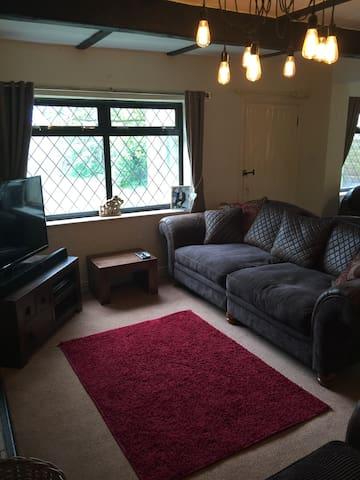 Single room in house set in 4 acres - Skelmersdale - Дом