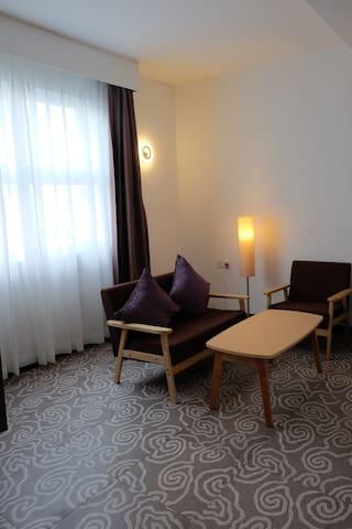 Natol Travelers & Business Inn (Suite Room 2007)