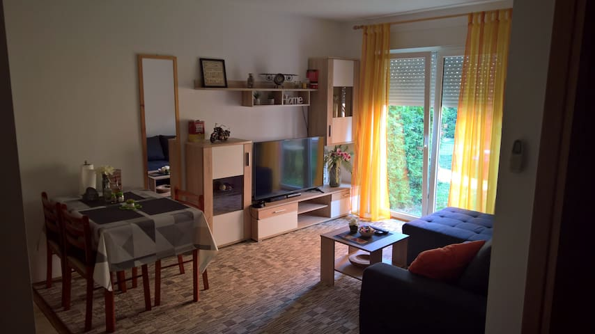 Apartment Lida with garden, parking, premium stay