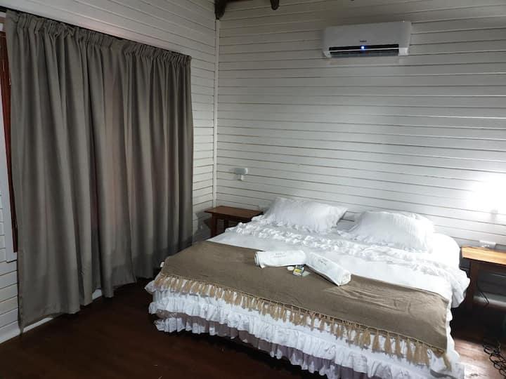 2 Sleeper Rooms