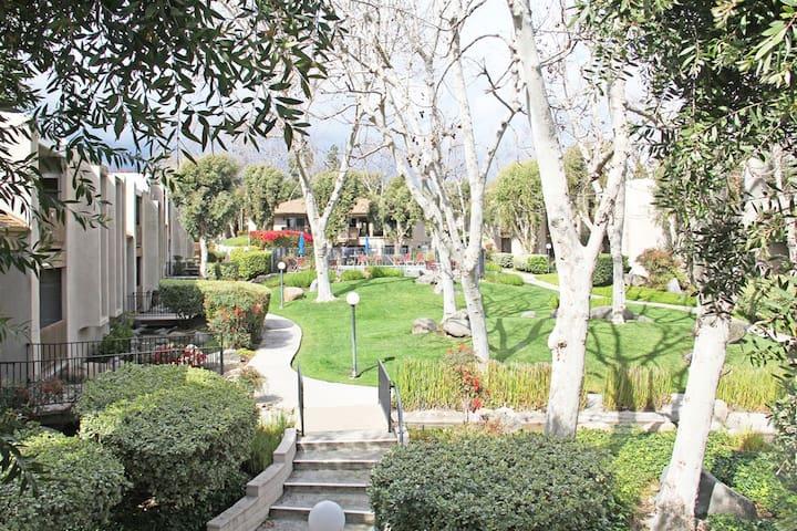 Safe, Quiet, Close to Everything! - La Mesa - Condominium