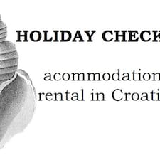 Holiday Checker is the host.