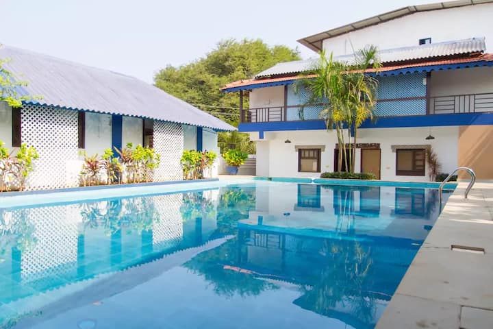 2 Bed Lotus Villa @ Tito's Street Near Baga Beach
