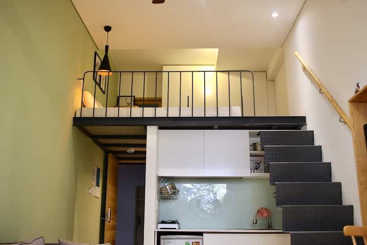 The Avis Apartments - Attic Double 201