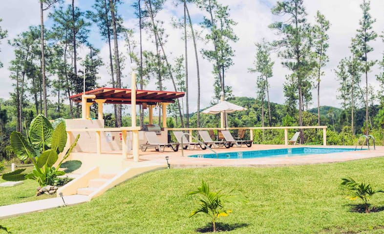 Kane Villas: Private Estate in Mountain Pine Ridge