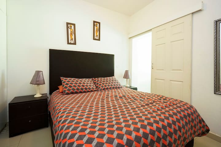 SELF CATERING 2 BR 6 SLEEPER FULLY FURNISHED/IMMAC - Kingsburgh - Appartement