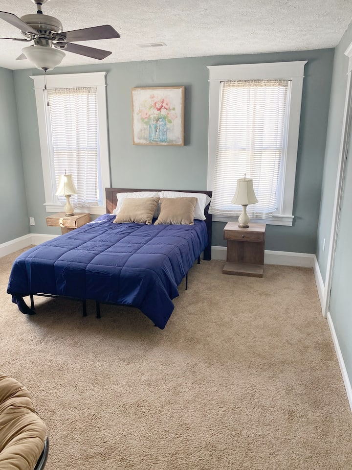 Comfortable Private Apt for a Weekend or Longer!