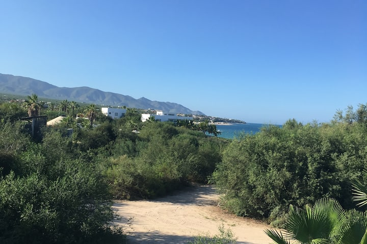 Casa Azul Private Beach House -Close to Joes/Beach