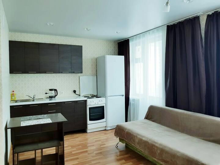 Апартаменты на проспект Шахтеров 92