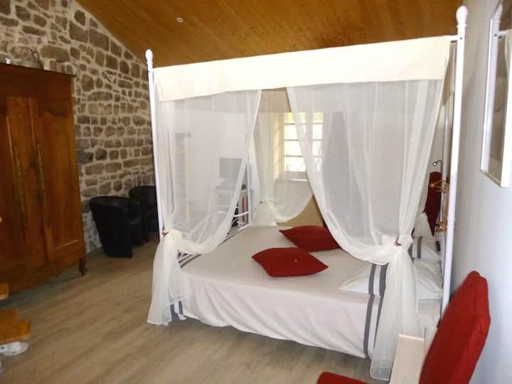 Gîte 2 places cosy en Ardèche méridionale