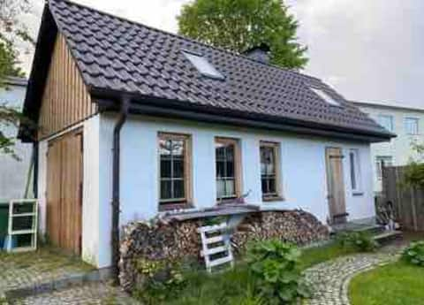 Kleines Gästehaus mit Jagdcharme und Kamin