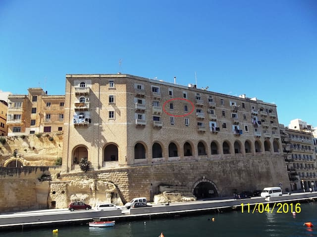A window on the Grand Harbour - Senglea - Appartement