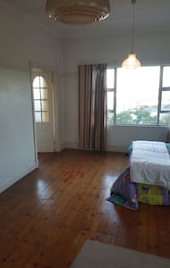 Large double room. Seaviews. - Huis