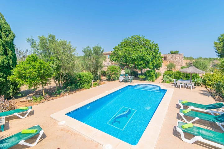 FINCA NA ROQUETA - Villa with private pool in Es Llombards. Free WiFi