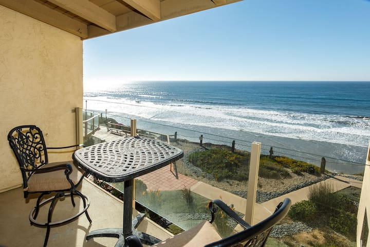 Once Upon Tide! 2BR/2BA Oceanfront on the Bluff!
