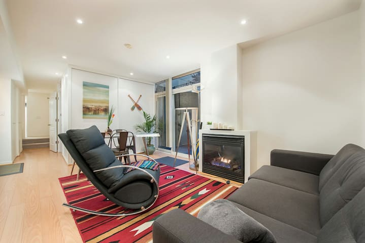 Hideaway Garden Apartment
