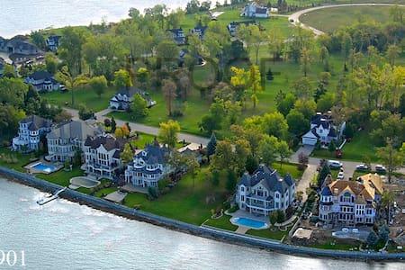 Boblo Island Retreat Home - Amherstburg - Haus