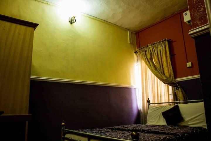 Muyiwa's Room