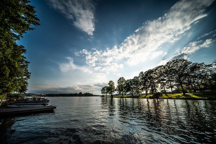 Pretty Lake Bowen, TIEC, Asheville Furman, Wofford