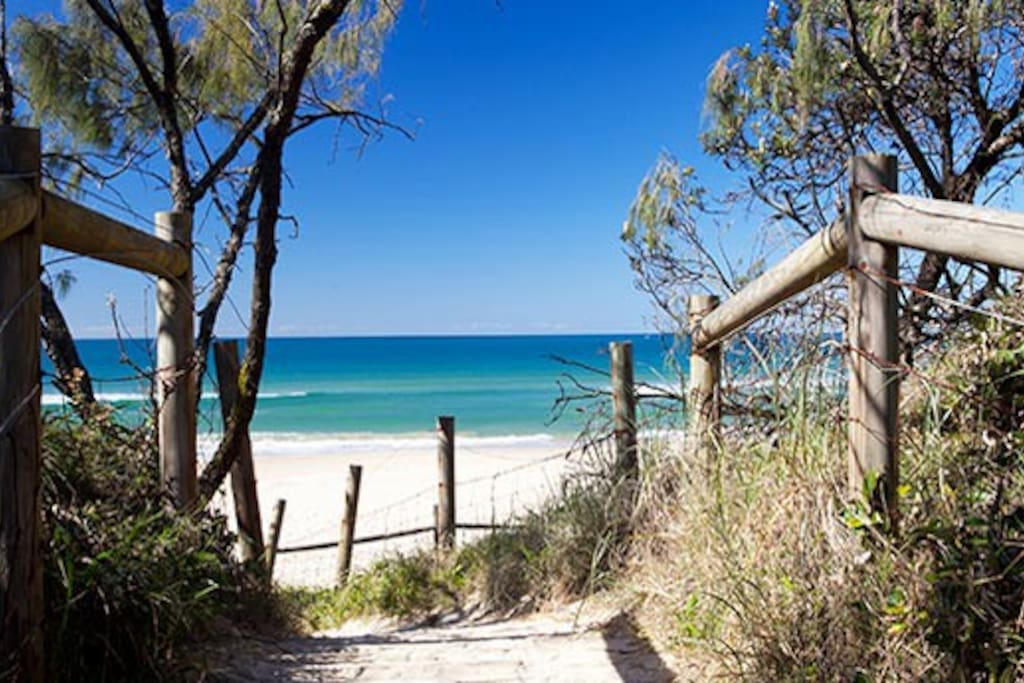 Marcoola Beach access 100 metres from house