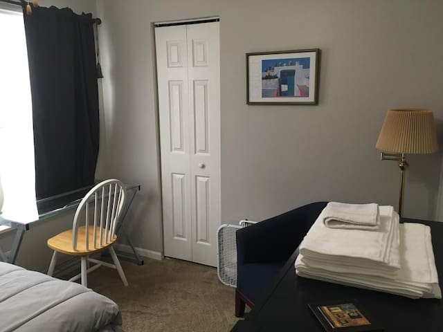 Economical Extended Stay Prvt Room for Travelers