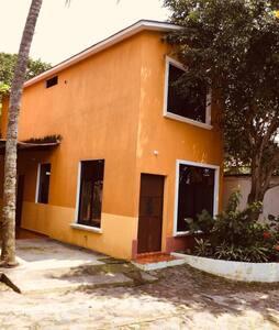Apartamentos Livana 3