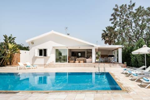 Mediterranean Garden Villa with Outdoor Pool