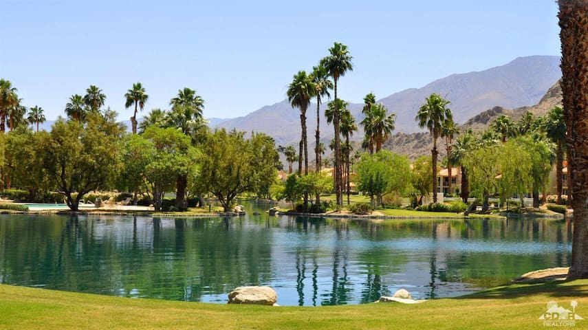 Book now for next season at PGA West,sleeps 6 - La Quinta - Flat