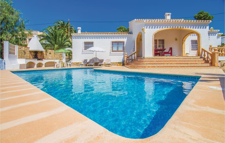 Holiday cottage with 3 bedrooms on 99 m² in Jávea