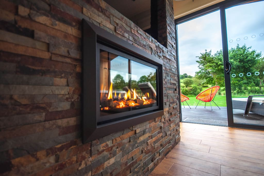 Log effect gas fire to cuddle up in front of in the evening
